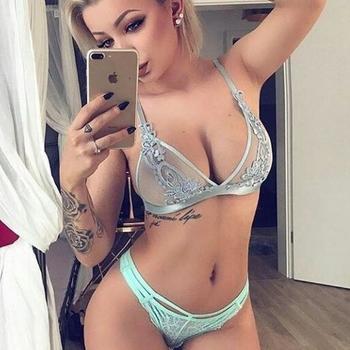 seksdate met Trashygirl