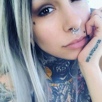seksdate met Tattoochicky