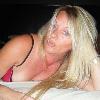 sexcontact met Holymoly