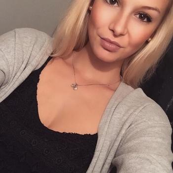 sexdate met Descentgirl