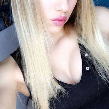 sexdate met Blondshavemorefun
