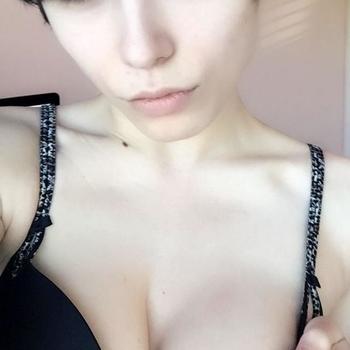 sexcontact met Alana
